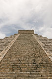 Mayaruinen in Chichen-Itza, Mexiko Lizenzfreie Stockfotos