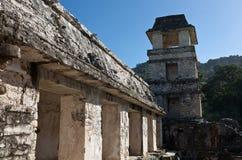 Mayaruinen in Palenque, Mexiko Lizenzfreie Stockfotografie