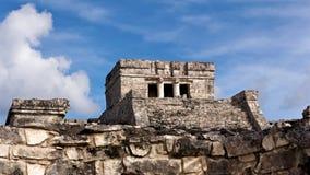Mayatempel bei Tulum stockfotos