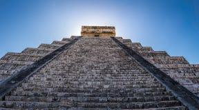 Mayatempelpyramide von Kukulkan - Chichen Itza, Yucatan, Mexiko Stockfotos