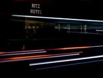 Mayfair, Londra, Regno Unito - 4 gennaio 2013 - wi di Ritz Hotel Long Exposure fotografia stock libera da diritti