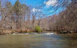 Mayo River p? Mayo River State Park arkivfoton