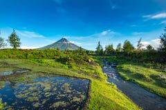 Mayon Vocalno in Legazpi, Philippinen Stockfotografie