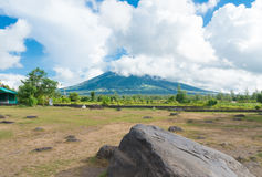 Mayon volcano in the philippines Royalty Free Stock Photos