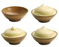 Mayonesa en los tazones de fuente Foto de archivo libre de regalías