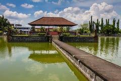 Mayura水宫殿-马塔兰,龙目岛,印度尼西亚 免版税库存图片