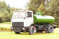 Maz de camion de réservoir Image libre de droits