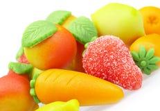 Mazapán de los dulces. Bajo la forma de fruta Fotografía de archivo libre de regalías