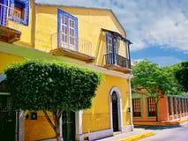 Mazatlan gator - gammal stad arkivfoto