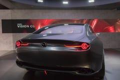 Mazda-het concept van de Visiecoupé op vertoning tijdens La Auto toont Royalty-vrije Stock Foto's
