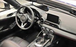 Mazda Samochodowy wnętrze z nawigacją Fotografia Stock