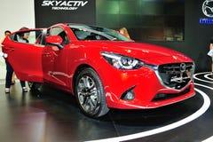 Mazda2 vertoning tijdens Singapore Motorshow 2016 Royalty-vrije Stock Foto's