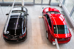 Mazda 3 w samochodowej sala wystawowej Fotografia Stock