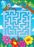 Maze 2 with bee and flowers Royalty Free Stock Photography