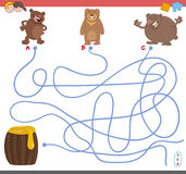 Maze game with bear characters Royalty Free Stock Photography