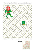 Maze game with leprechaun and his hat Stock Photography