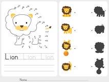 Maze game - Worksheet for education Stock Photos