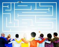 Maze Puzzle Strategy Direction Strategy utmaningbegrepp Royaltyfri Fotografi