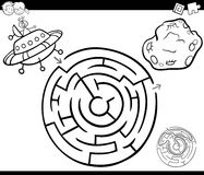 Maze with ufo coloring page. Black and White Cartoon Illustration of Education Maze or Labyrinth Game for Children with Alien Ufo Coloring Page Royalty Free Stock Photos
