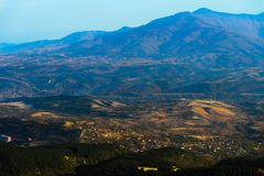 Mazedonien, Skopje, Ansicht vom Vodno-Hügel Schöner Europäer lizenzfreies stockbild