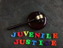 Mazo de la justicia juvenil fotografía de archivo