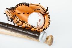 Mazze da baseball, palla e guanto mezzo Fotografia Stock Libera da Diritti