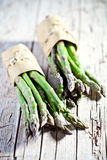 Mazzi di asparago fresco Fotografie Stock Libere da Diritti