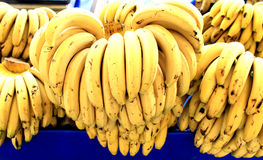 Mazzi di banane mature Immagine Stock
