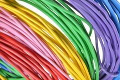Mazzi di cavi elettrici di colori Fotografie Stock