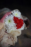Mazzo bianco e rosso del crisantemo Fotografie Stock