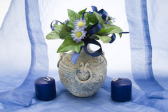 Mazzo blu nel vaso Immagini Stock