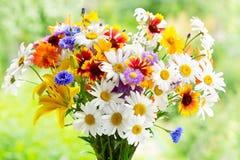 Mazzo dei fiori di estate immagini stock