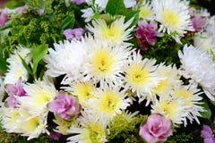 Mazzo dei mazzi del fiore di fiori Fotografie Stock Libere da Diritti