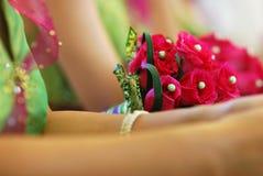 Mazzo del fiore con le domestiche delle spose Fotografia Stock