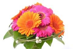 Mazzo del fiore nel rosa ed in arancia fotografia stock libera da diritti