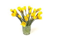 Mazzo del giglio prestato giallo (narciso) isolato su bianco Fotografia Stock Libera da Diritti