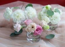 Mazzo delizioso dei colori bianchi e rosa fotografia stock
