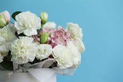 Mazzo delizioso dei colori bianchi e rosa immagini stock