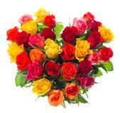 Mazzo delle rose assorted variopinte nella figura del cuore Fotografia Stock Libera da Diritti