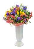 Mazzo delle rose, dell'iride, del alstroemeria, del nerine e di altri fiori Immagini Stock Libere da Diritti