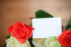 Mazzo delle rose di fioritura Fotografia Stock Libera da Diritti