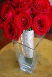 Mazzo delle rose in vaso Immagini Stock