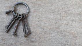 Mazzo di chiavi differenti video d archivio