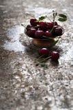 Mazzo di ciliege fresche Fotografie Stock