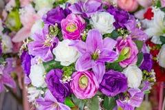 Mazzo di colore della viola dei fiori Fotografie Stock Libere da Diritti
