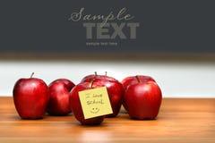 Mazzo di mele rosse Immagine Stock Libera da Diritti