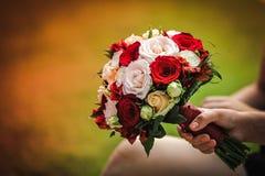 Mazzo di nozze con le rose Immagini Stock Libere da Diritti