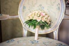 Mazzo di nozze delle rose crema Fotografia Stock