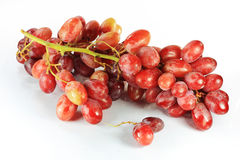 Mazzo di uva rossa immagini stock