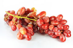 Mazzo di uva rossa fotografie stock libere da diritti